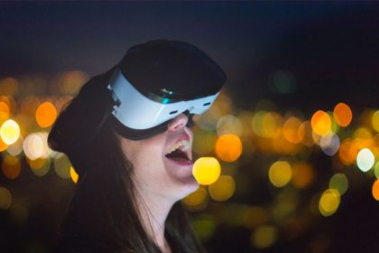 Who is using Virtual reality and why?